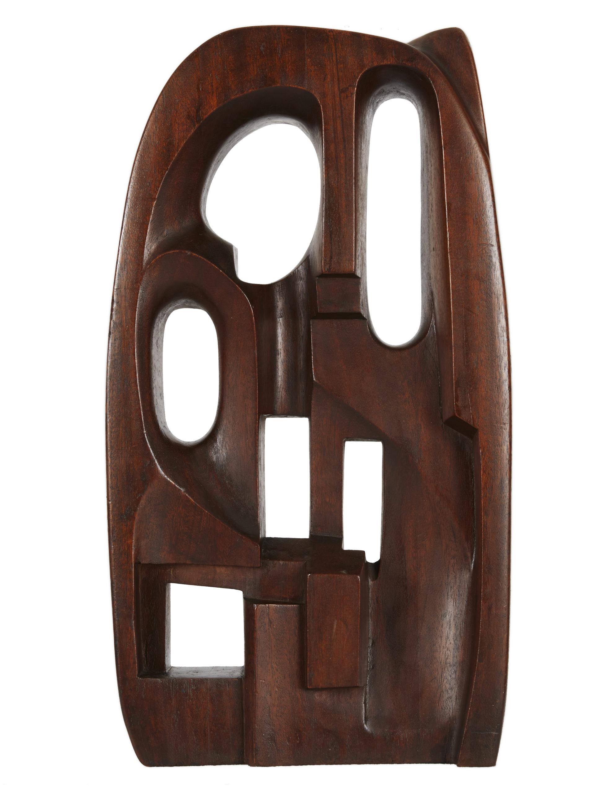 Saloua Raouda Choucair, Interform, 1960, Wood, 60 × 32 × 11.5 cm. Image courtesy of Barjeel Art Foundation, Sharjah.